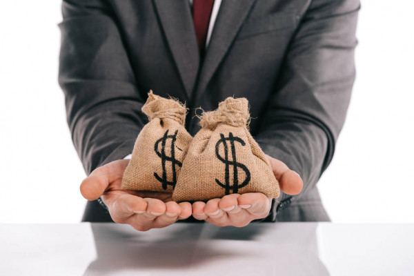 depositphotos_235369840-stock-photo-cropped-view-of-businessman-holding-2